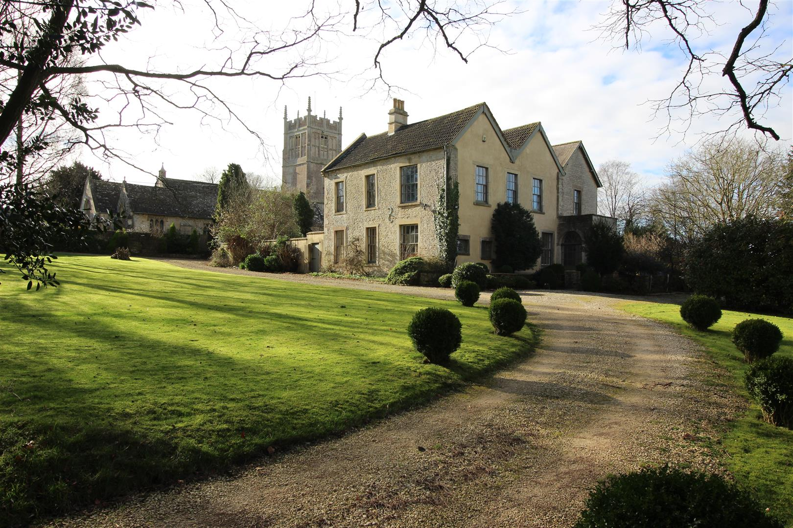 6 Bedrooms Detached House for sale in Burton, Wiltshire